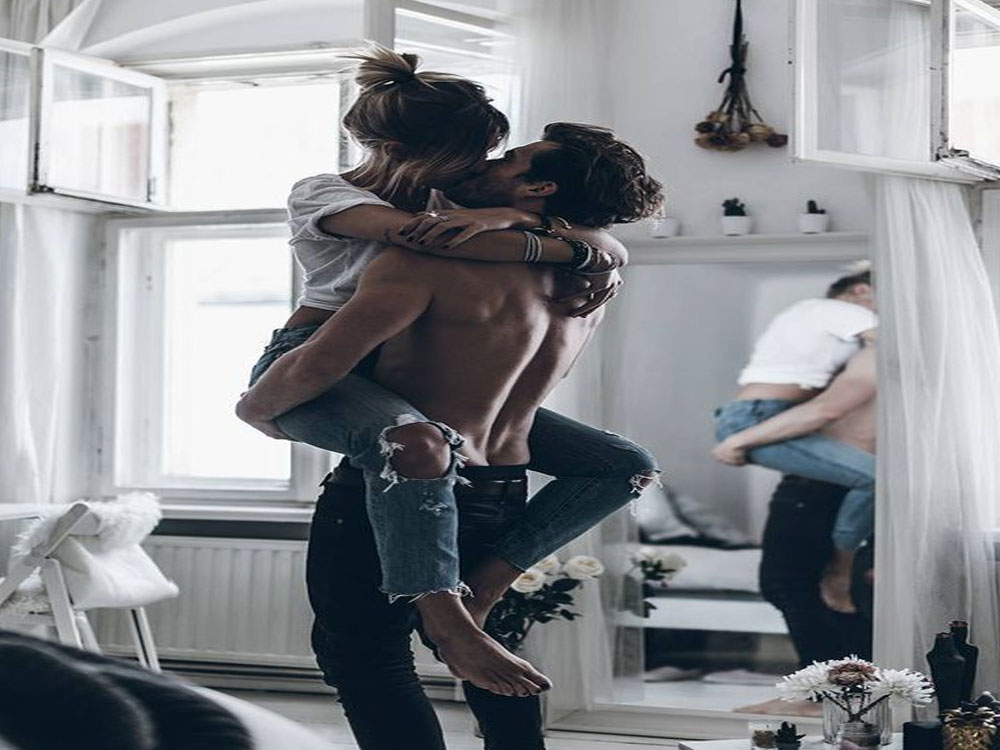 Are you nervous about having sex with someone new? There is no reason to be! Here are some reasons why having a casual hook-up with someone new doesn't have to be weird!