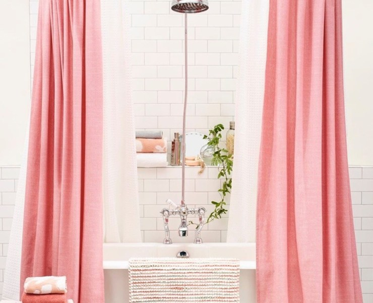 There are many ways to style a bathroom but cute fabric shower curtains are by far the easiest and most affordable way to do so. Fabric shower curtains add a little something extra to your powder room by adding pops of patterns and colours.