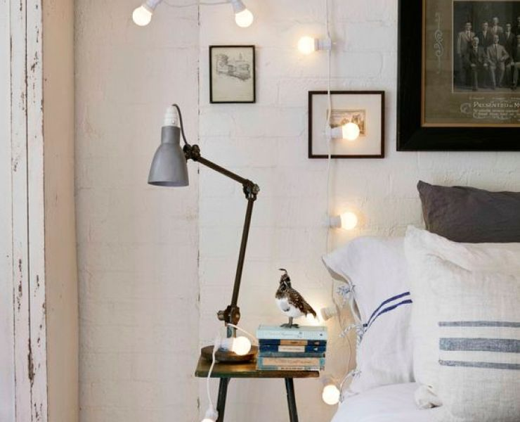 These fairy lights bedroom ideas are perfect to add warmth to your flat in an affordable way. Check out the different string lights to add to your space.
