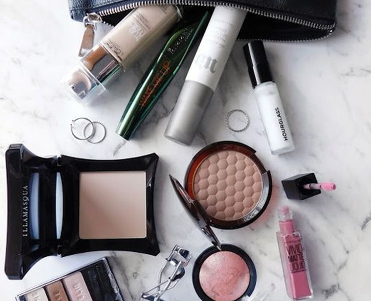 These are the best travel beauty essentials that you'll be needing for your next trip! When it comes to travel makeup, this is top notch from the packaging, to the products, and more!
