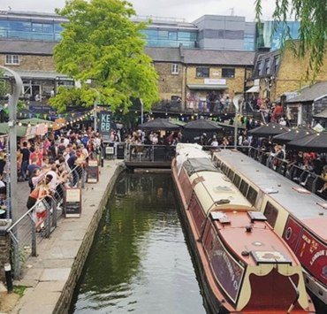 Check out the best London markets worth going to. London is home to many markets serving cheap goods, find out which ones are the best to visit!