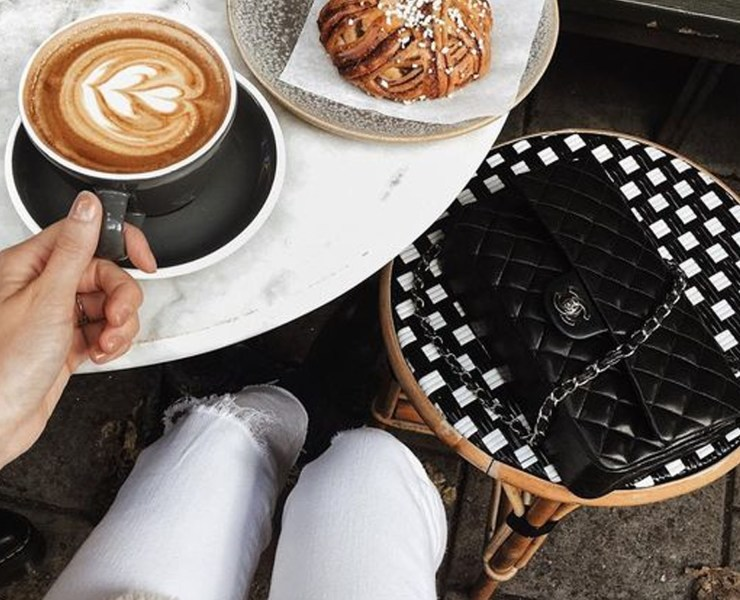 Looking for some cool coffee shops in Brighton? Here are the best places we know, for good coffee and great atmosphere! Try these coffee shops in Brighton, and let us know what you think of our picks!