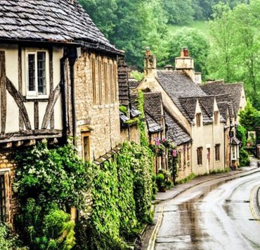 Are you looking for ways to brush up on your history of England? Check out these old english towns and you'll be surprised how much history exists in them!