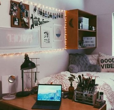 Are you nervous about moving into university and missing home? Here are some tips on how to make your university accommodation feel more like your home!