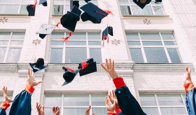 Here are a list of university living expenses to prepare you for university! Are you heading over to university soon? Check out this list to help you out!