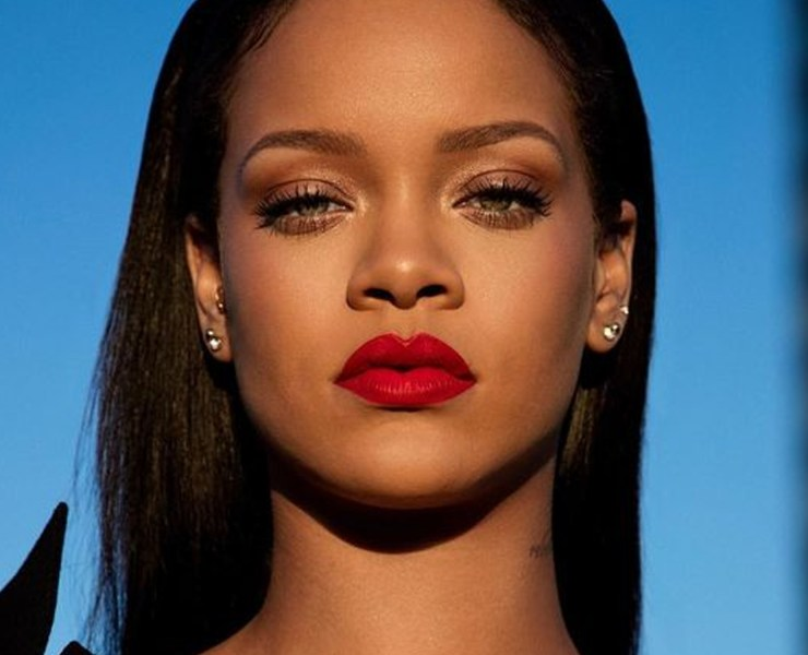 When it comes to being a strong independent women, there's a lot of things that comes to mind. However, is Rihanna one of the things that comes to yours?