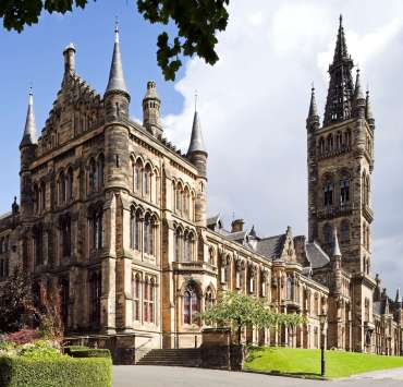 The University of Glasgow is a wonderful school with a lot of perks. I've listed some signs that show you're a definite UofG student!