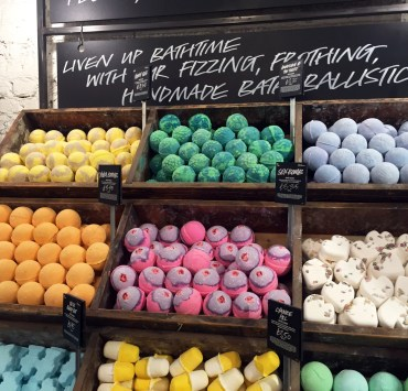 Lush products, from bath bombs to shampoo bars, are the beauty products you need to buy now! Here are our top products you can buy at a Lush store location!