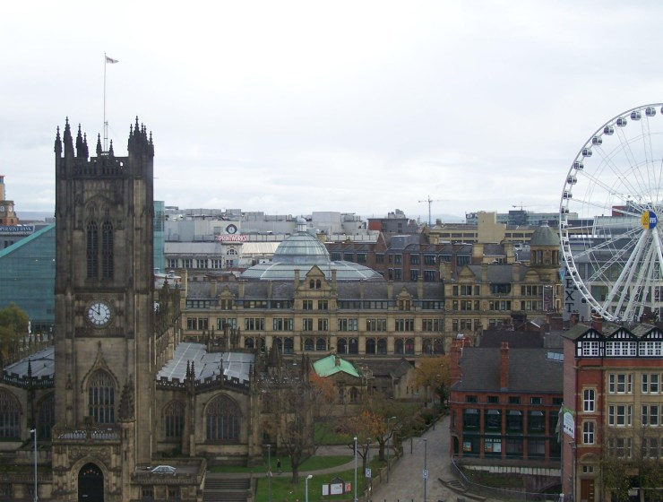 If you grew up in the great city of Manchester then you can probably relate to a lot of the signs that we have listed here!