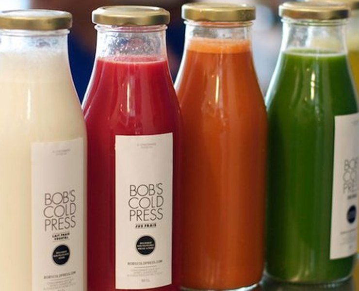 Here are a few bottled smoothies that you need to try ASAP! All of these smoothies are all natural and healthy for you, check them out!