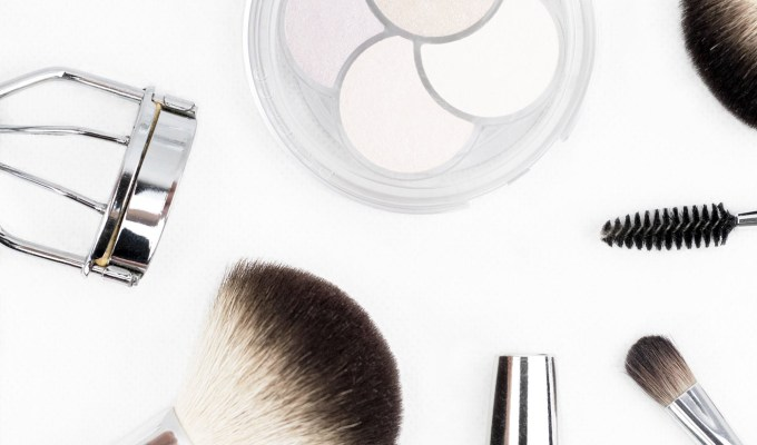 Owning the best makeup brushes is more important than you think when applying makeup. We've made a list of some of our favorites!