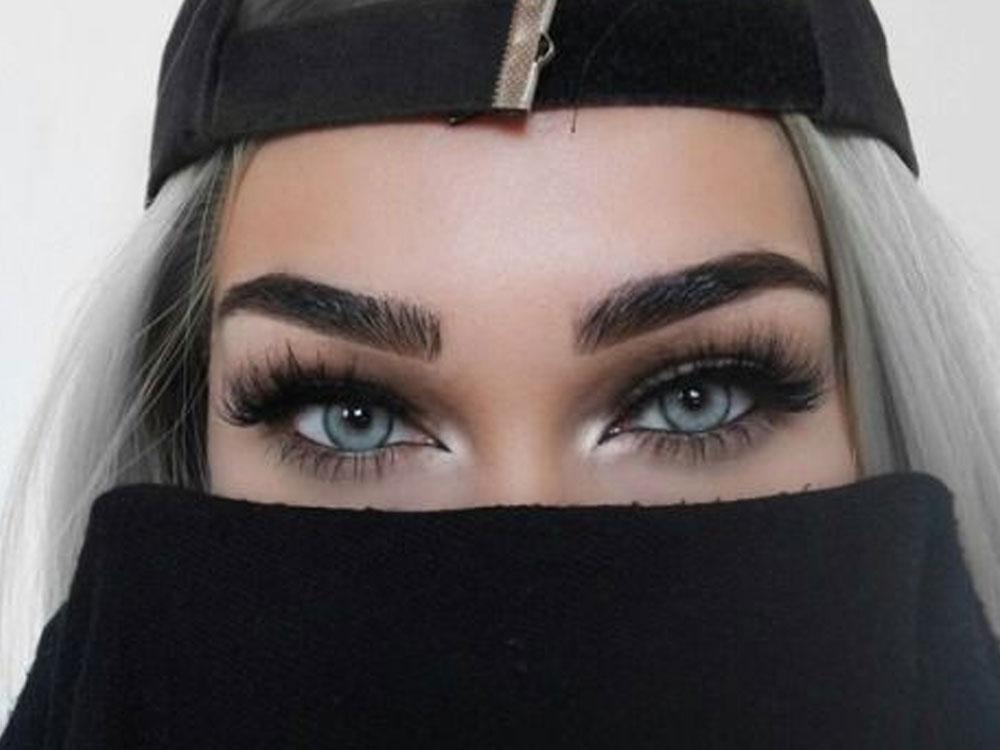 These are a few of the best fake eyelashes you can wear for almost any occasion. These lashes are guaranteed to make your eyes pop!