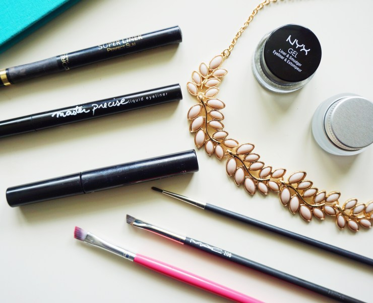 The best eyeliners you can find are all on this list! You can be sure this makeup will have you looking great and bring out the most of your eyes!