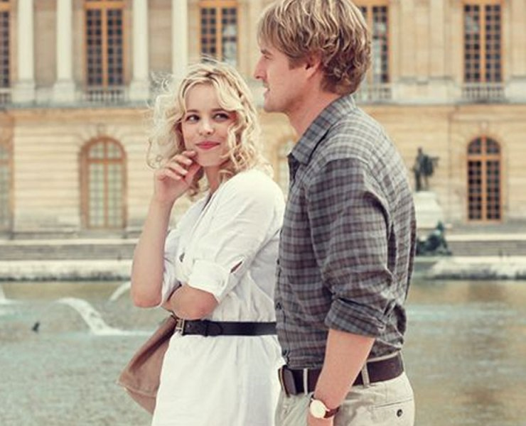 These movie scenes in Paris are perfect for you to reenant with friends while traveling or visiting. Check out how you can reenact these movie scenes!
