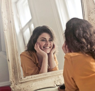 Being body positive can be difficult at times, but we ahve some advice to help you improve your outlook on yourself and how beautiful you are!