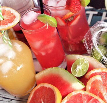 These are the best cocktails you can have during a night out! Here are some of our favourite alcoholic beverages you need to try!