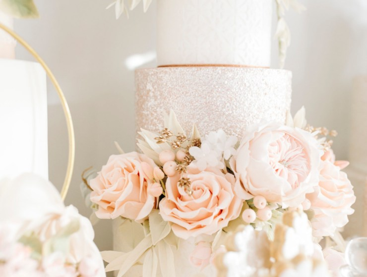 10 Wedding Cake Ideas For The Perfect Spring Wedding Dessert