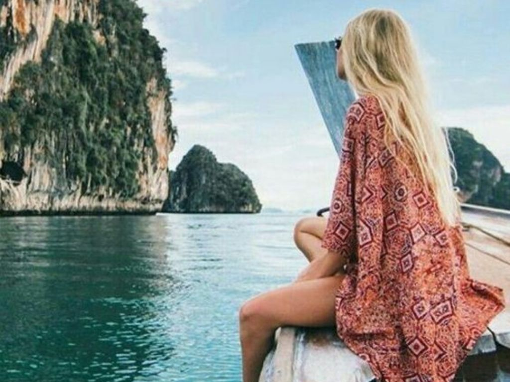 Thailand is such a beautiful place, which is a MUST SEE! Here is the list of our top spots you need to go to to fully enjoy your trip to Thailand.