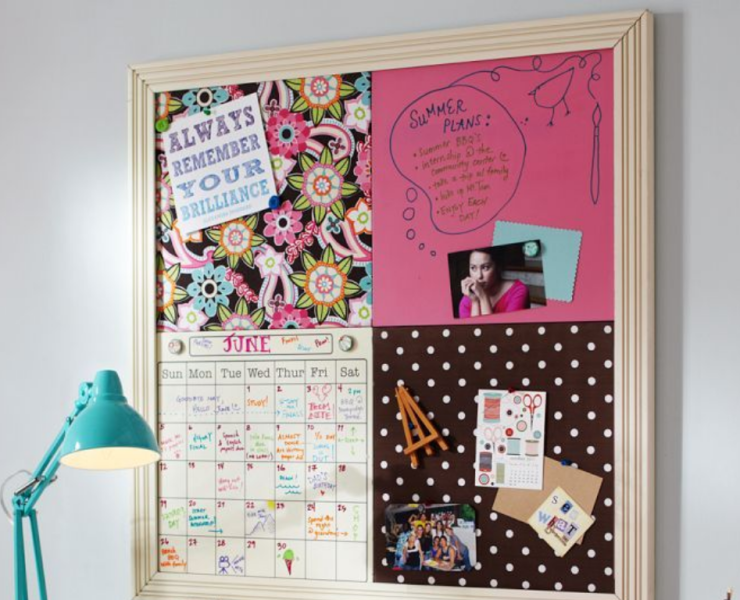 Pinboards are an essential item for any student dorm! Make your pinboard look amazing with these eight handy tips - success is guaranteed!