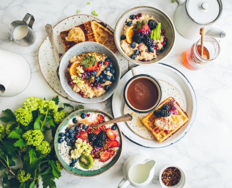 Breakfast is the most important meal of the day and you can't be skipping out on it! Here are healthy breakfast recipes to start your day on the right foot!