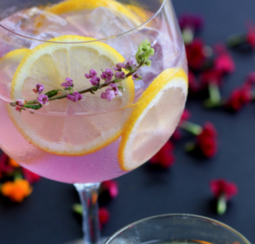 What better way to enjoy summer than partaking in a refreshing summer cocktail? Check out these amazing summer cocktail recipes!