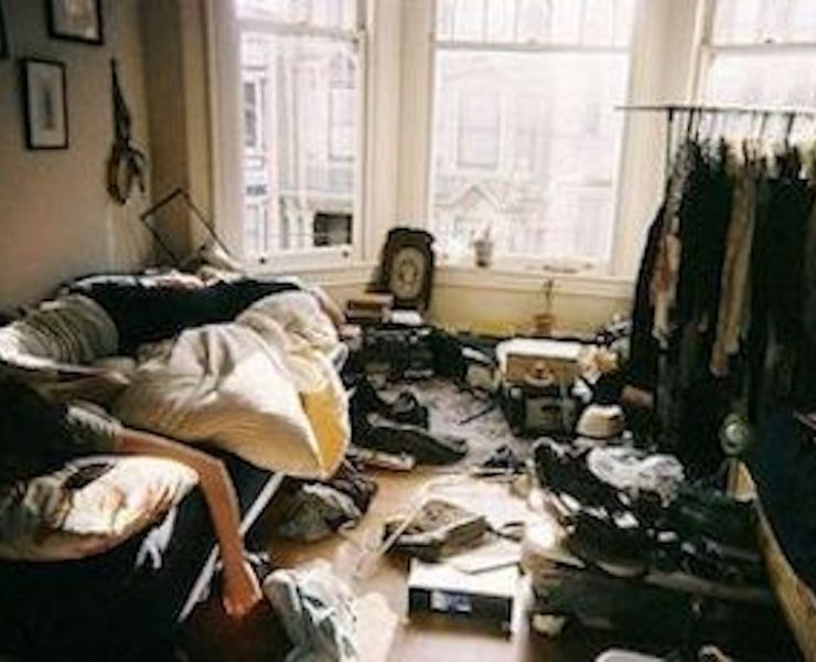10 Thoughts Everyone With A Messy Flatmate Has