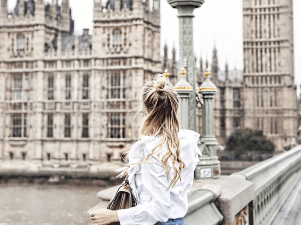 There are so many places in the UK that are worth visiting. From quaint coastal towns to bustling cites, here are out favourites.