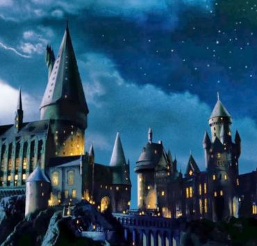 There are some great Harry Potter GIFs that represent all the things going through your head during your first week of college, these are just some.