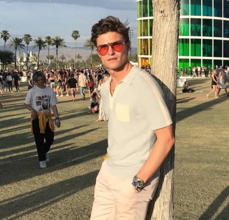 Looking for some music festivals style tips for guys? Our guide will help you embrace the festival spirit whilst remaing stylish and put together.