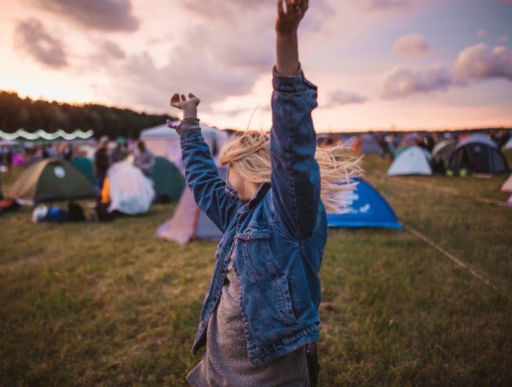 Looking to stay dry in style this festival season? With these top 5 waterproof jackets, worrying about the bad weather will be a thing of the past!
