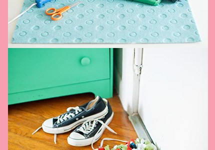 When you're in college you'll probably have a lot of different people coming in and out of your room. Give this DIY t-shirt doormat tutorial a try!