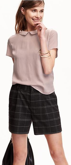 Score amazing student deals on casual clothing!