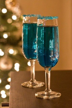 Blue Sparkling Star Cocktail