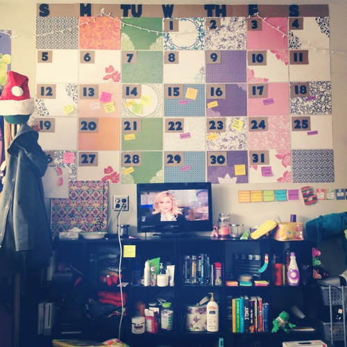 3 tips to stay organized in college society19 for How to make your bedroom look cool without spending money