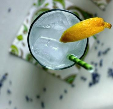 Mixed Drinks That Won't Make You Gain the Freshman 15