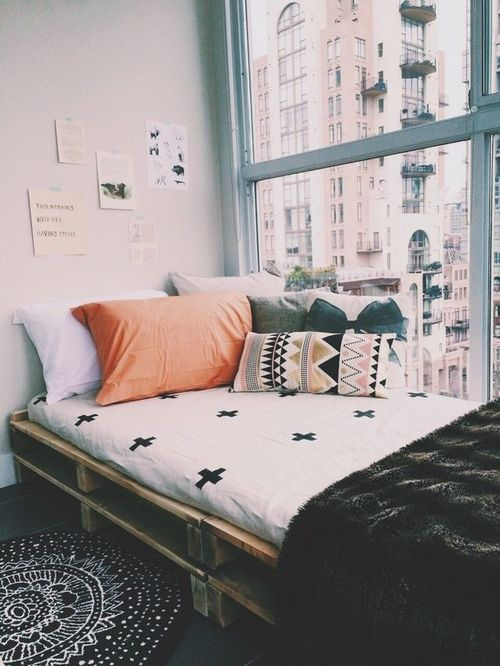 Design Your Own Dorm Room: 20 Amazing Dorm Room Ideas