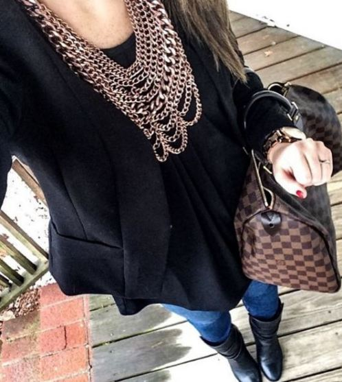Kerri Ann's style is a great inspiration. Her outfits are affordable and easy to recreate.