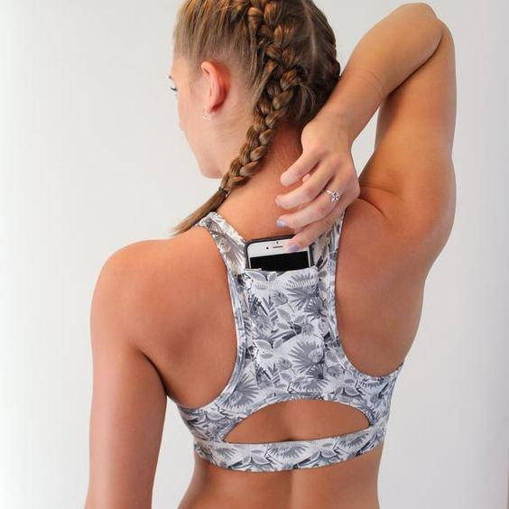 Cute sports bra with an extra function.