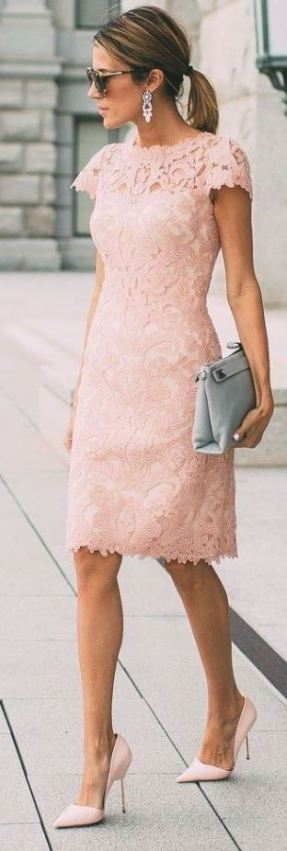This lace dress is so cute!