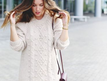 Comfy and cozy sweater dresses are the perfect fit for the holiday season. Check out these 10 stylish options to get you started!