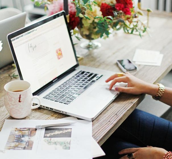 There is no better day to score a deal than one Cyber Monday! Here are 10 tips you have to check out if you want to know how to get the best bargains!