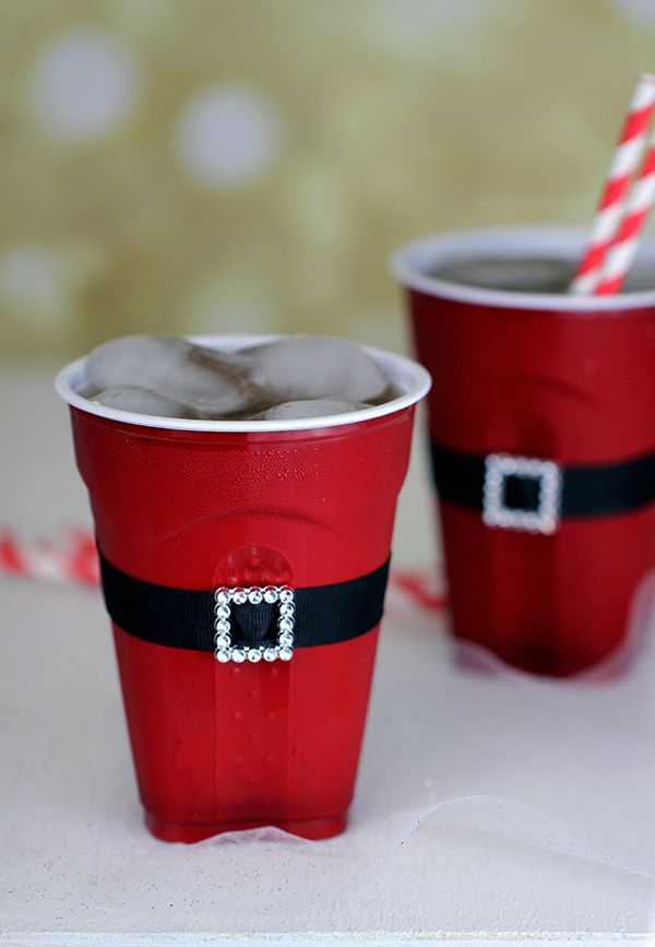 Cute christmas decor for your next Christmas party!