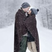 There are plenty of fun things to do around the holiday season to do with your significant other! Take a look a these 7 holiday traditions for couples!