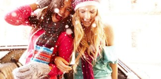If you're home for the winter but are bored AF, you should definitely check out this list of holiday traditions to start with your friends!