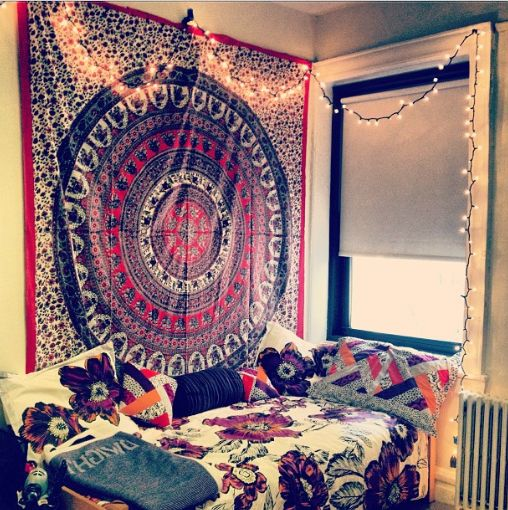 Hang you tapestry onto your walls