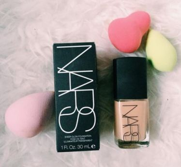 There are better makeup dupes for the Nars Sheer Glow Foundation!