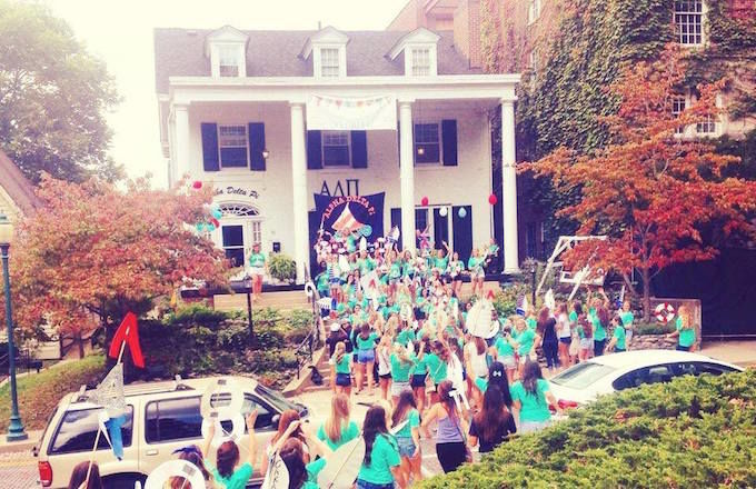 Pros and Cons of Rushing a Sorority at OU