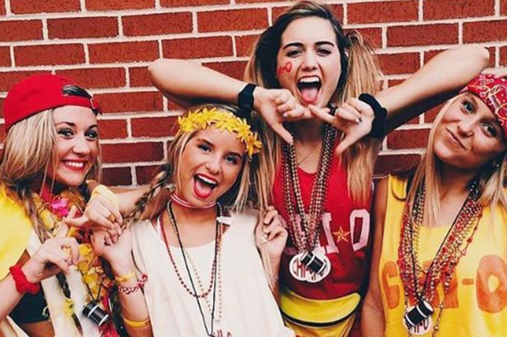 Greek life is a pretty big part of Ohio University. Rushing starts in the fall, so keep reading to find out what to expect by rushing a sorority at OU!