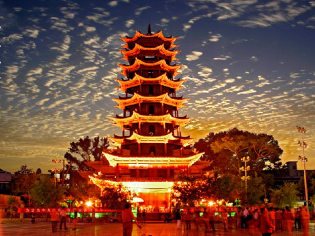 reasons to visit China - the pagodas!
