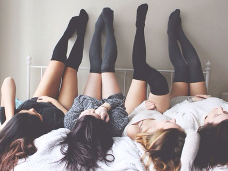 20 Signs You Definitely Live With Girls